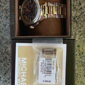 Michael Kors Bradshaw limited edition